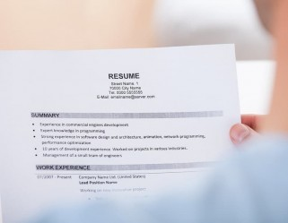 should i use a resume writing service